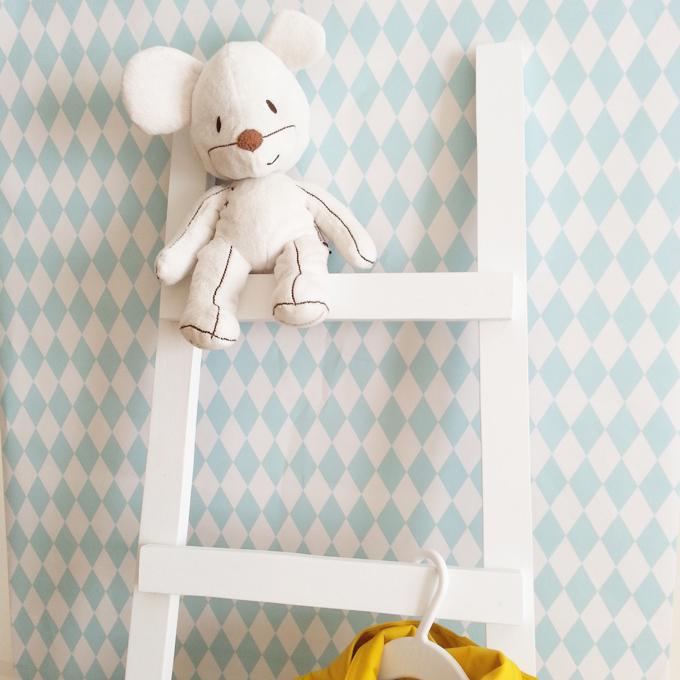 escalera madera blanca trastovere