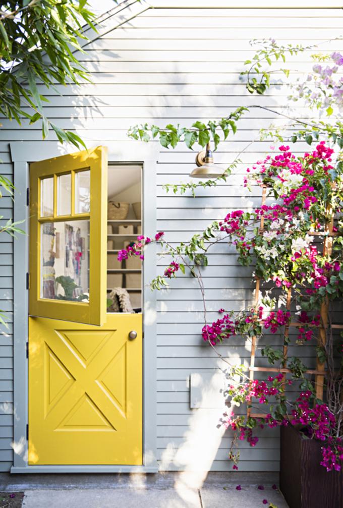 puertas colores alegres