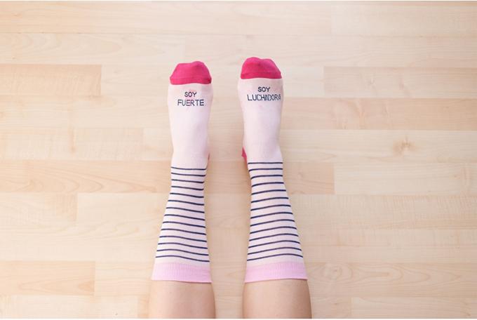 regalos solidarios contra cancer mama