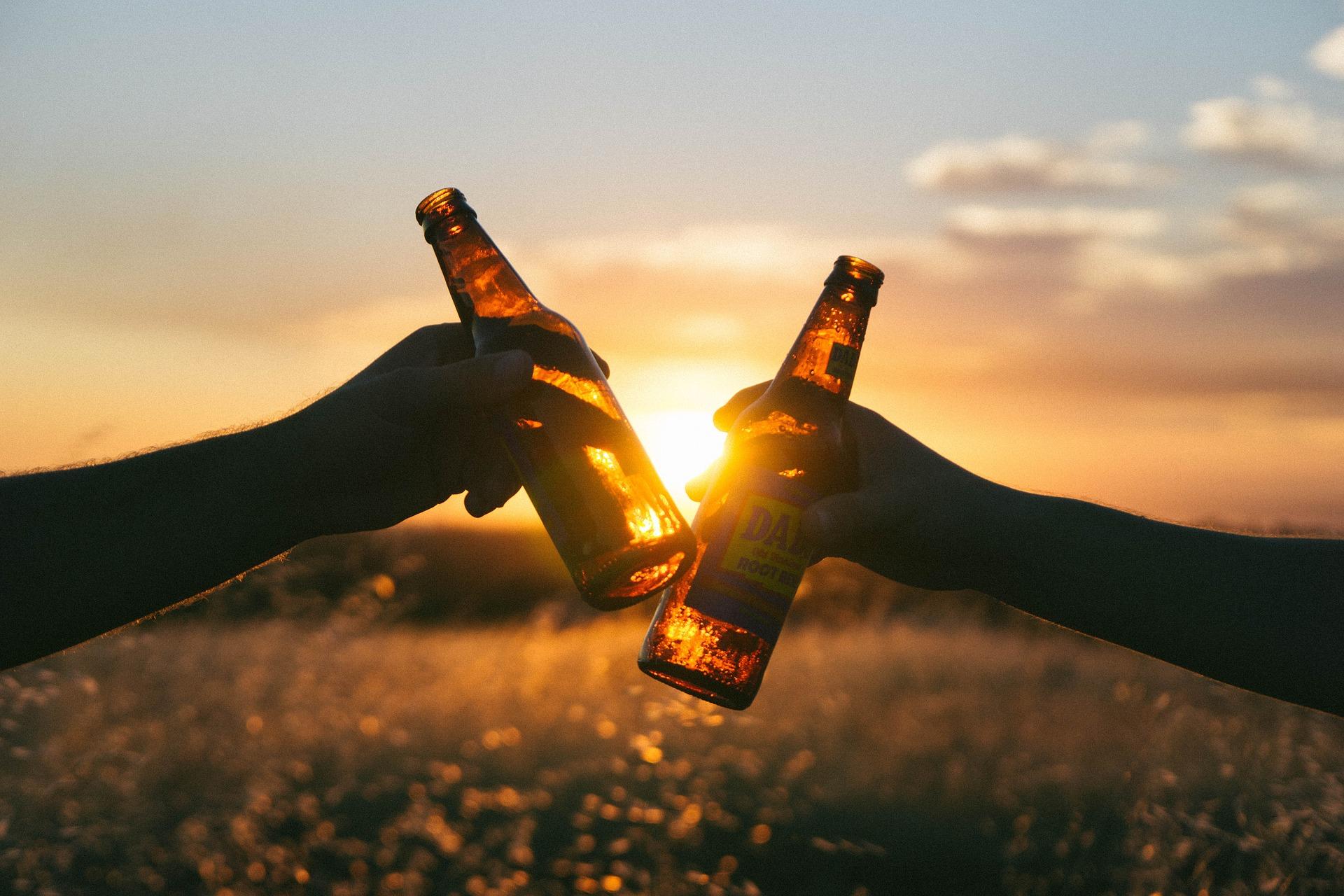 cervezas con los amigos en semana santa