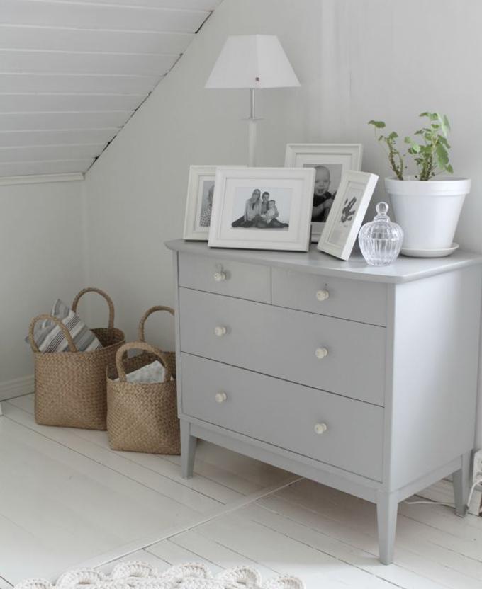cómoda gris chalkpaint